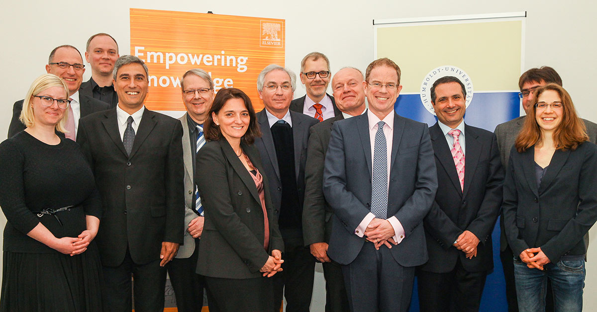 Colleagues from Humboldt-Universität and Elsevier at the signing ceremony for the HEADT Centre in Berlin.