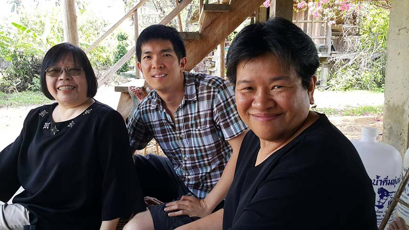 Dr. Siripen Supakankunti, Dr. Watcharapong Ratisukpimol and Dr. Sukanda Luangon Lewis on a field trip in Nan. Dr. Siripen is the head of the health-related creative tourism sub-project in Nan and Dr. Watcharapong is the member of that team.