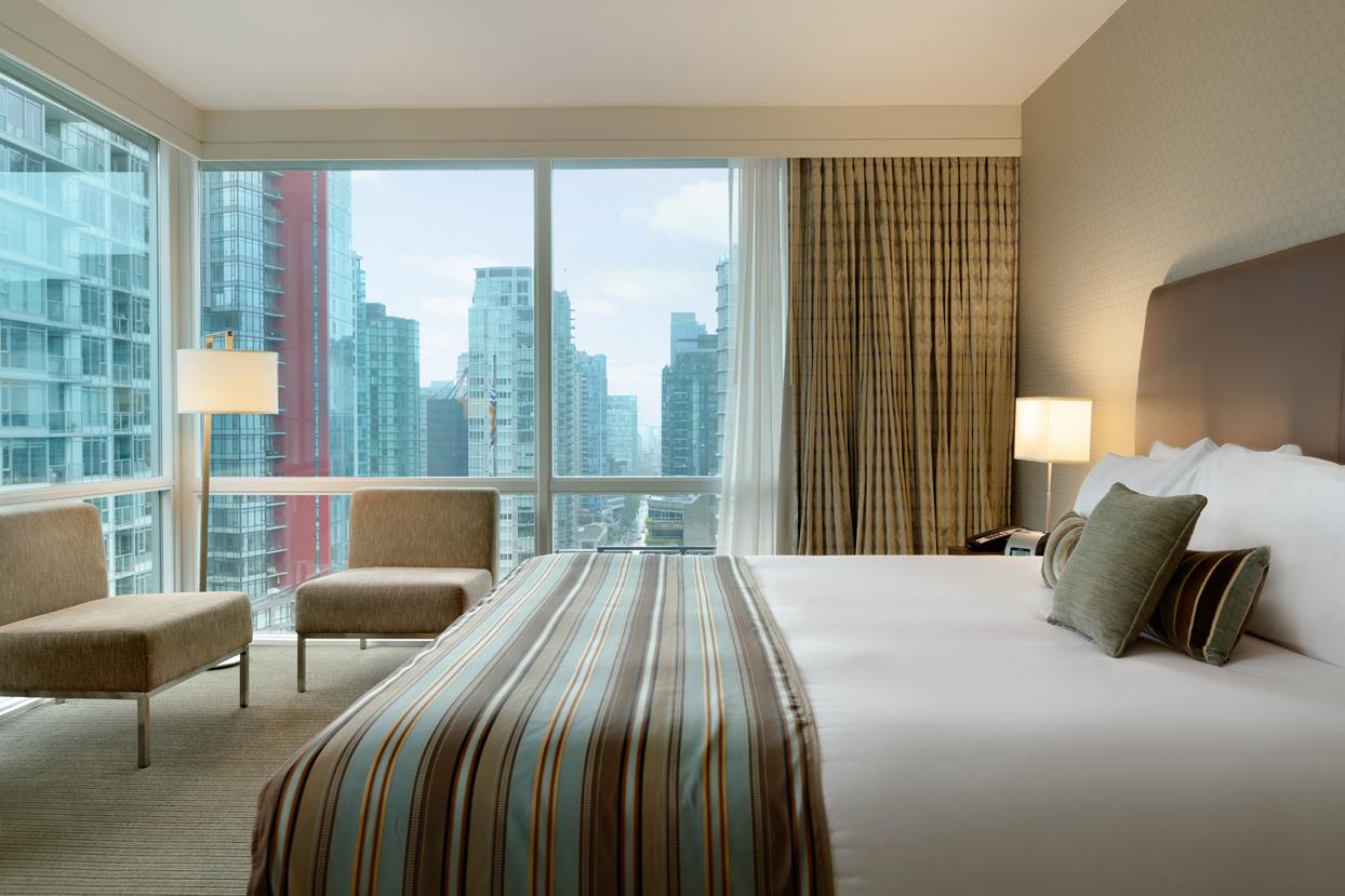 King_Comfort_Room