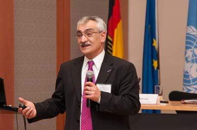Iraj Kalkhoran, PhD