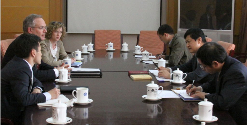 Meeting with members of the research community in China