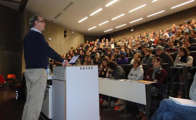 Publisher Jaap van Harten speaks at a Publishing Connect workshop in Namur, Belgium.