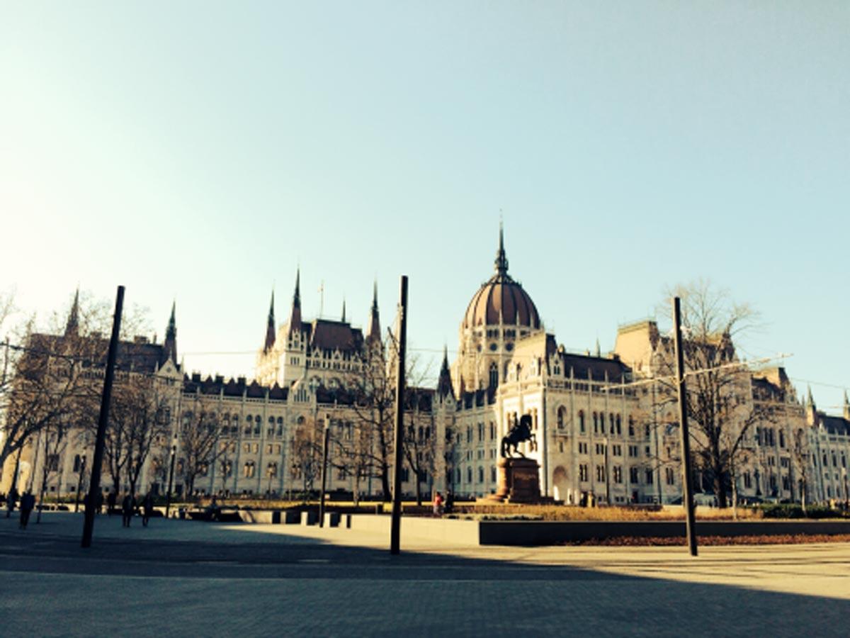 Student-in-Budapest.jpg