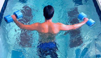 La Dra. Martínez Galán analiza el último manual sobre terapia acuática