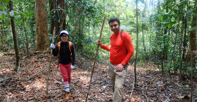 Dr. Milind Tambe and PhD student Fei Fang on a trial patrol of their GPS software in Malaysia. (Photo by Rob Pickles, Panthera)