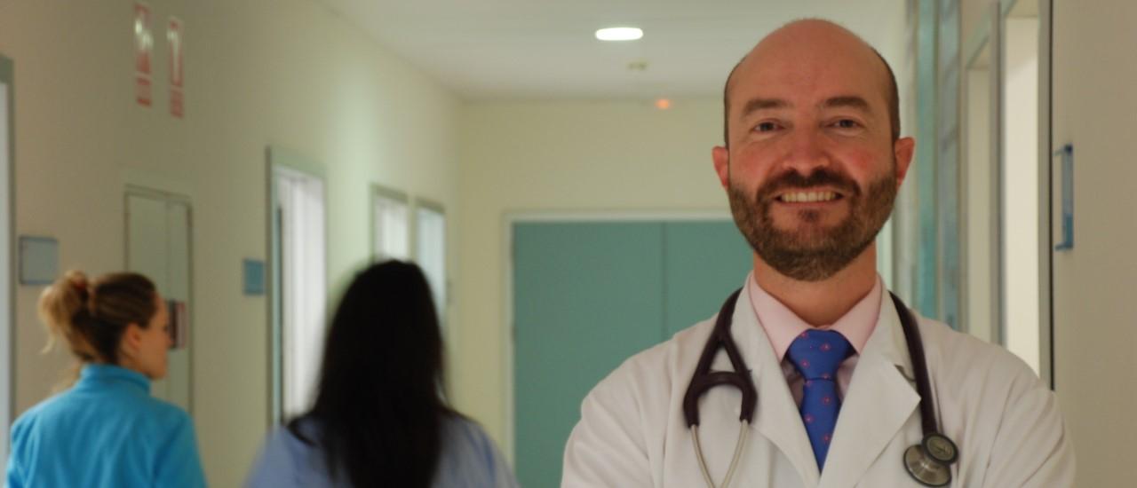 """Juanjo Beunza: """"Los profesionales que quieran humanizar la atención sanitaria tendrán un gran aliado en la inteligencia artificial"""