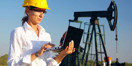 Woman engineer using a laptop | Elsevier