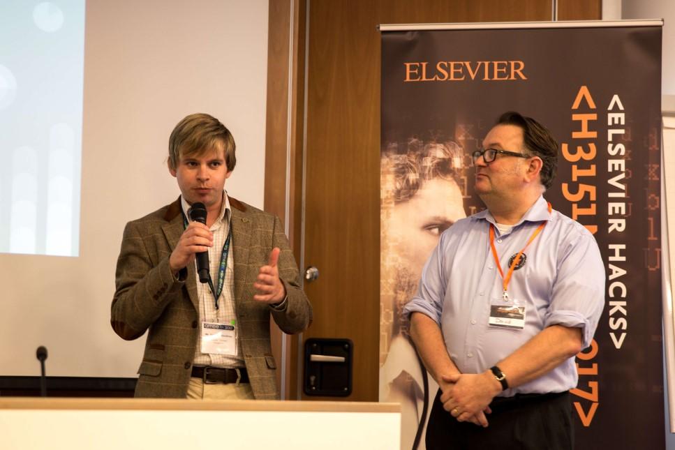 Curriculights team members presenting their prototype