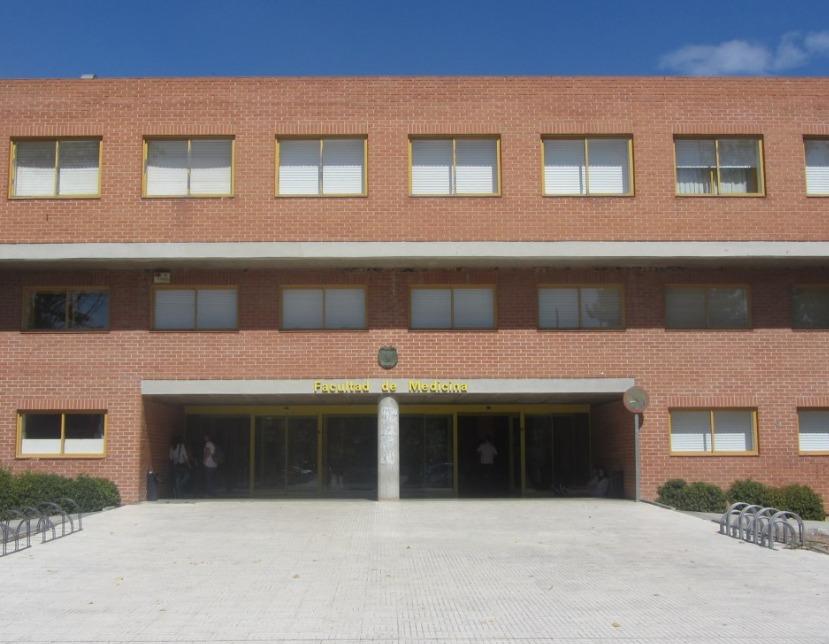 Facultad-Medicina-privada-y-publica.jpg