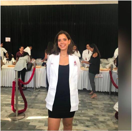 Camelia Álvarez estudiante Medicina