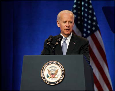 Vice President Joe Biden addresses the American Psychiatric Association (Photo by David Hathcox/Psychiatric News)