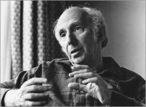 Leo Vroman, PhD (Photo by Martin Droog, 1988, for the Goudsche Courant, courtesy of the Vroman Foundation)