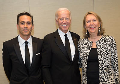 UNA-NY President Abid Qureshi (left) and Executive Director Ann Nicol with Joe Biden before the award ceremony. (Photo: Melanie Quinn Photography)