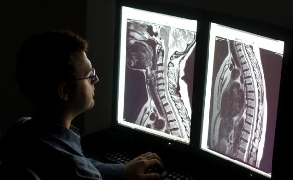 Na JPR, Dra. Anne Osborn fala sobre tecnologia para melhorar diagnósticos por imagens