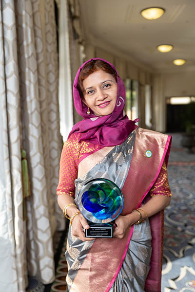 Dr. Tabissum Mumtaz at AAAS with the OWSD-Elsevier Foundation Award for Women Scientists in the Developing World. (Photo by Alison Bert)