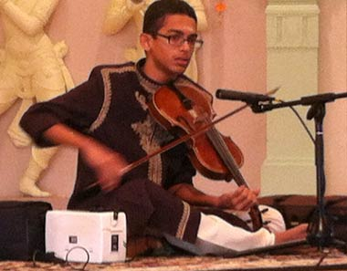 Suganth Kannan performs Indian classical music on violin.