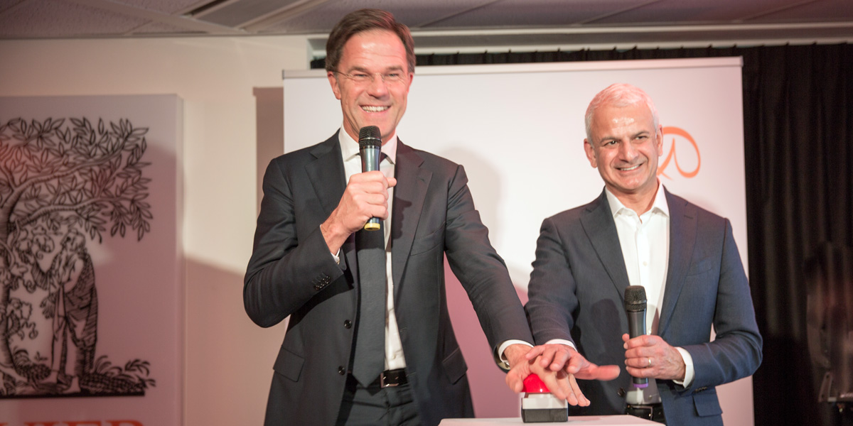Image of Dutch PM, Mark Rutte, opening Elsevier's TechHub with Ron Mobed, Elsevier CEO