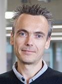 Dr. Ian Shuttleworth