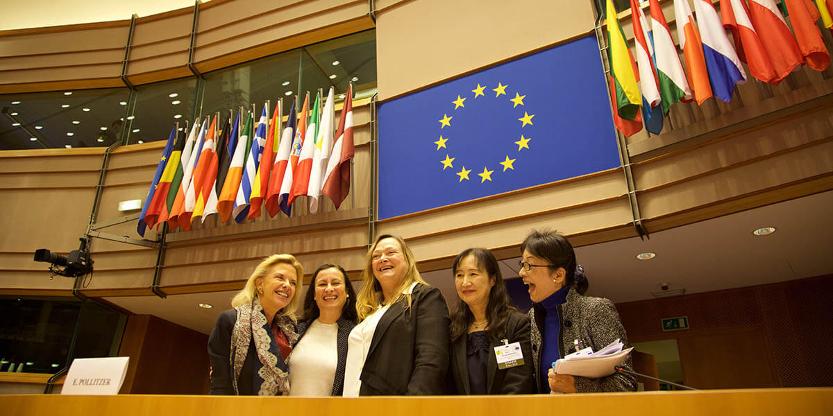 Delegates at the Gender Summit Europe 2016 gather after presenting at the European Parliament. (Photo by Alison Bert)