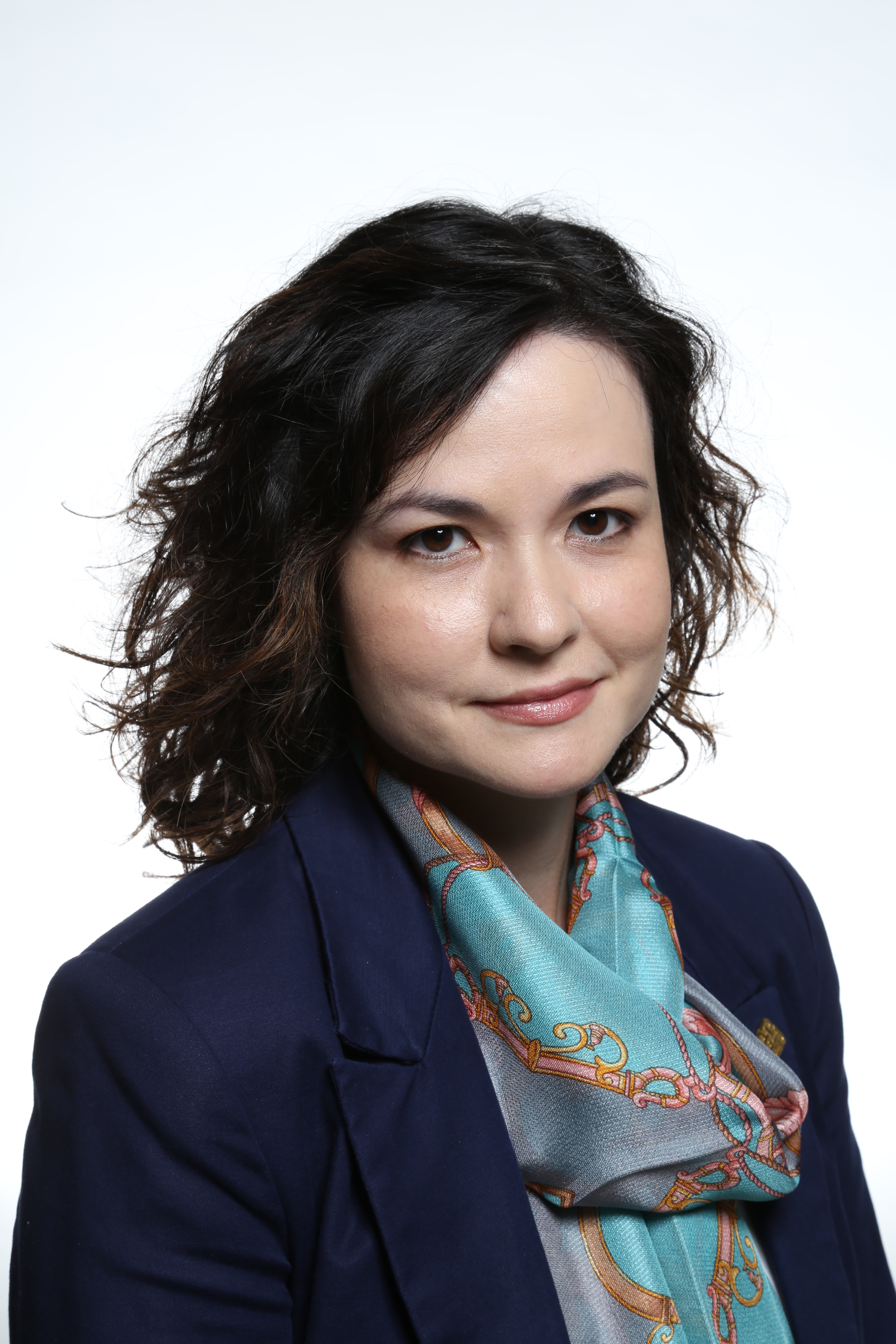 Dr. Alison E. Lloyd
