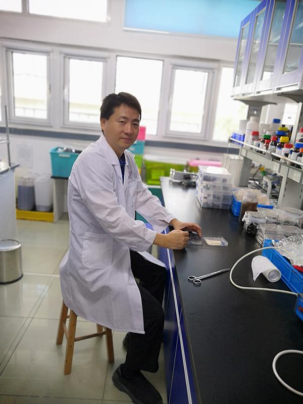 11. Yi Huang