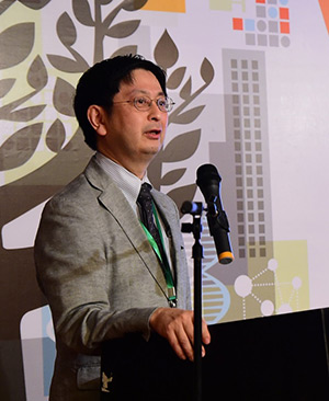 """Prof. Jiro Kokuryo stressed that being world-class """"requires a re-examination of the university's mission and a restructuring of its body of activities."""""""