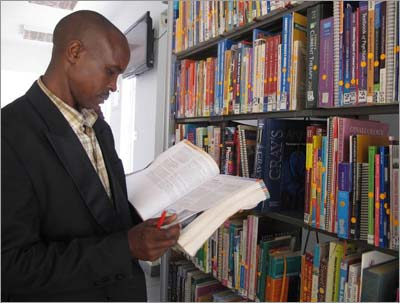 Health Hub, KNLS Buruburu library, Nairobi (Photos courtesy of Book AID International)