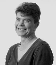 Portrait of dr Sybille Hinze