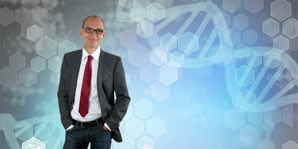 Prof. Johannes Herrmann is the new President of the German Society for Biochemistry and Molecular Biology (Background © istock.com/MiljaPhoto)