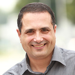 Hesham Attalla, MD, PhD, is Customer Discovery & Innovation Manager at Elsevier.