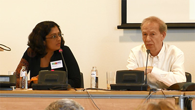 Sheba Agarwal, PhD – the author of this story – was the moderator of the panel. Here she is with Prof. Peter Reiss.