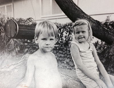 Jonathan and Alicia Wise as children. Jonathan struggled in school for years despite his intelligence. Ultimately he was diagnosed with dyslexia – a reading disability that affects about 1 in 10 people.