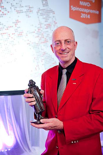 Mark van Loosdrecht, PhD, was awarded the Spinoza Prize September 9 in a ceremony in The Hague. (Photo by Sascha Schalkwijk)