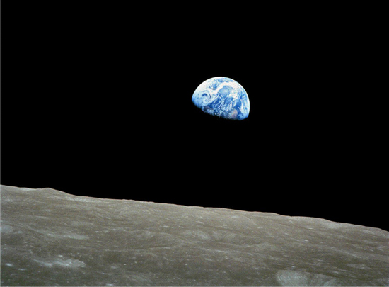 Earthrise: View of Earth rising over the moon, taken by astronaut William Anders in the Apollo 8 space mission of 1968 (NASA)