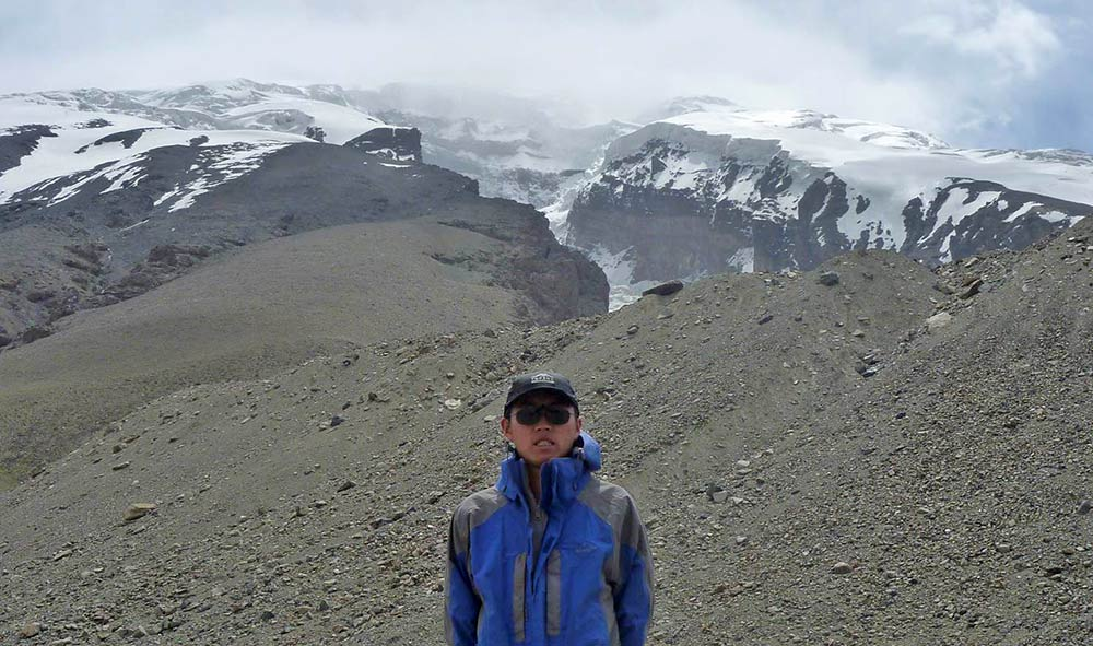 Chao You, a PhD candidate at the Institute of Tibetan Plateau Research, is lead author of a study that sheds light on the history of biomass burning and how it is related to climate change and glacial melting.