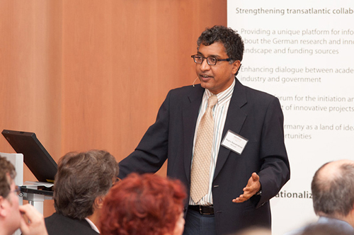 Raghu Ramakrishnan, PhD (Photo � Nathalie Schueller)