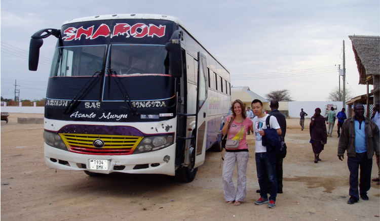 Steve Mao and Maaike Duine on their way from Dodoma to Arusha (Photo by Sioux Cumming)