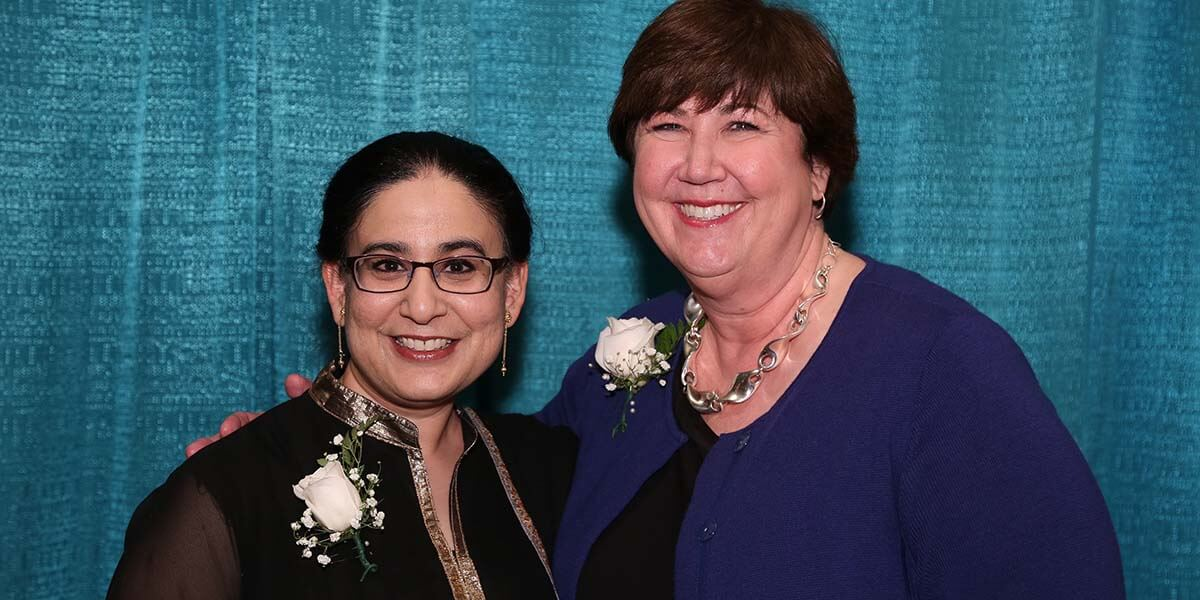 Gurpreet Rana celebrates receiving the T. Mark Hodges Award with Teresa L. Knott, the 2017 Medical Library Association President and Director of the Tompkins-McCaw Library for the Health Sciences at the Virginia Commonwealth University. (Credit: MLA)