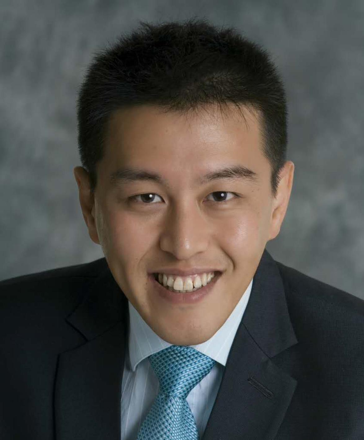 Professor Ren Yi